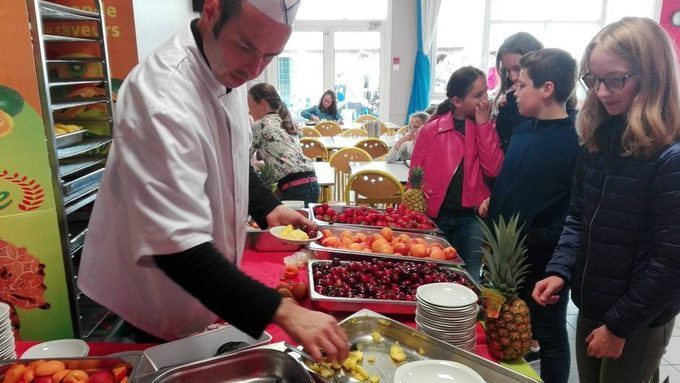 Les collégiens mangent frais, local et sainement